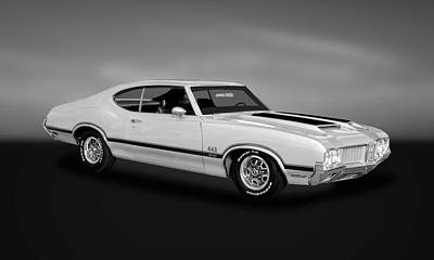 Photograph - 1970 Oldsmobile 442 W30  -  70w30442oldbw462 by Frank J Benz