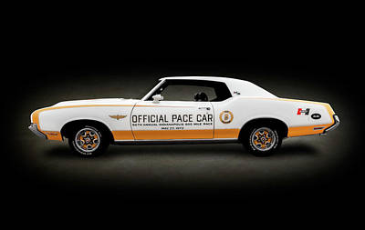 Photograph - 1972 Hurst Olds Pace Car  -  1972hurstoldsspottext184439 by Frank J Benz