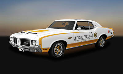 Photograph - 1972 Hurst Olds Pace Car  -  72hurstolds9441 by Frank J Benz