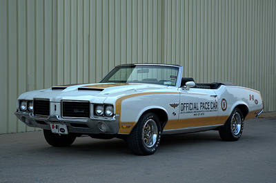 Photograph - 1972 Hurst Oldsmobile Indy Pace Car Convertible by Tim McCullough