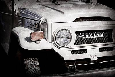 Photograph - 1973 Toyota Fj40 Land Cruiser Grille Emblem -1918ac by Jill Reger
