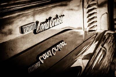 Photograph - 1977 Toyota Land Cruiser Fj40 Emblem -0952s by Jill Reger