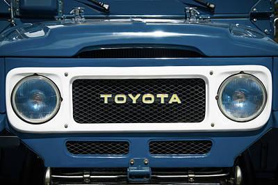 Photograph - 1982 Toyota Fj43 Land Cruiser Grille Emblem -0522c by Jill Reger