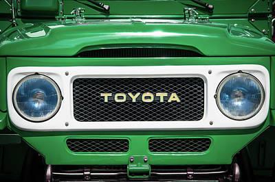 Photograph - 1982 Toyota Fj43 Land Cruiser Grille Emblem -0522g by Jill Reger