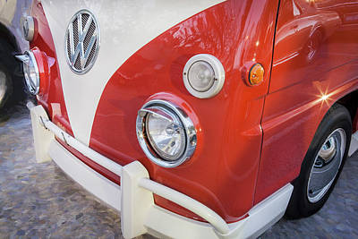 Photograph - 1990 Subaru Sambar Van Bus C146 by Rich Franco