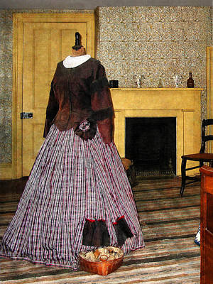 Photograph - 19th Century Plaid Dress by Susan Savad