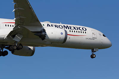Brian Kesinger Steam Punk Illustrations Royalty Free Images - AeroMexico Boeing 787 Royalty-Free Image by David Pyatt