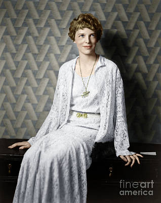 Photograph - Amelia Earhart by Granger
