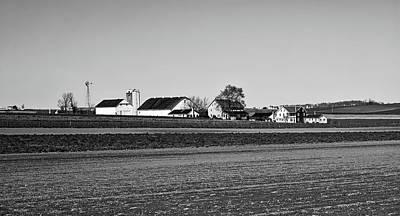 Amish Farms Photograph - Amish Farm by L O C
