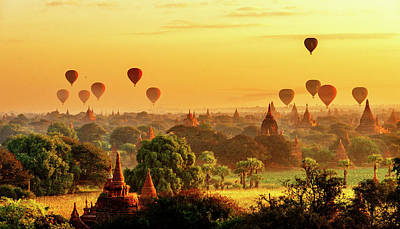 Photograph - Bagan Pagodas And Hot Air Balloon by Pradeep Raja PRINTS
