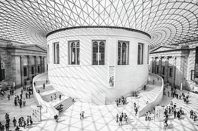 Courtyard Gallery Photograph - British Museum by Martin Newman