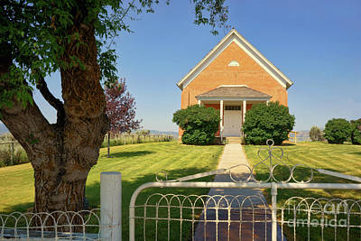 Photograph - Chesterfield Church by Roxie Crouch