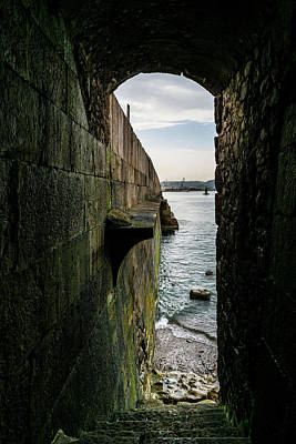 Europe Wall Art - Photograph - Coastline Of The Bay by Ric Schafer