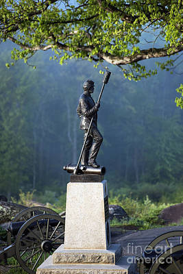 Devils Den Photograph - Devil's Den Monument At Gettysburg by John Greim