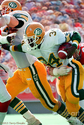 Through The Viewfinder - Edmonton Eskimos Football - Brian Walling 1988 by Terry Elniski