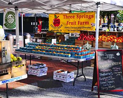Fells Point Baltimore Maryland Photograph - Farmer's Market by Jim Archer