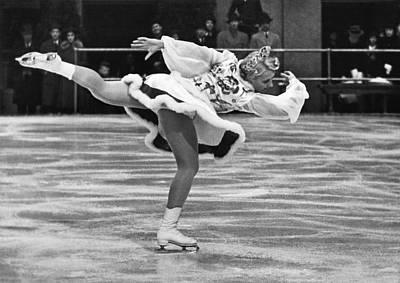 Figure Skate Photograph - Figure Skater Melitta Brunner by Underwood Archives