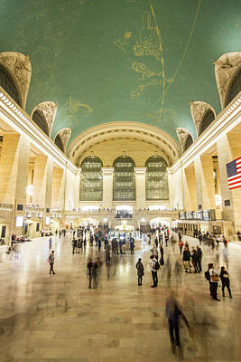Photograph - Grand Central Terminal by Robert J Caputo