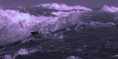 2 Ideal Surf Waves Photography And Digital Transformation Art Print by Navin Joshi