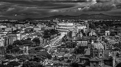Photograph - Il Colosseo by Sonny Marcyan