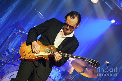 Joe Bonamassa Photograph - Joe Bonamassa - Guitar Solo In Minneapolis 2 by Jim Schmidt MN