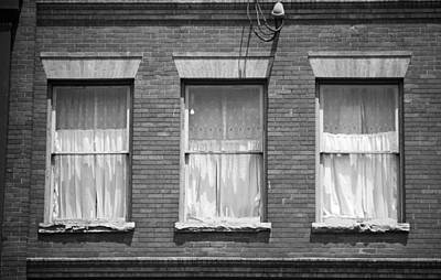 Jonesborough Tennessee - Three Windows Art Print