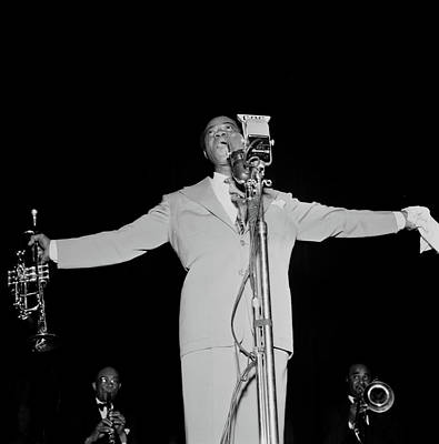 Photograph - Louis Armstrong At Carnegie Hall, 1947 by William Gottlieb