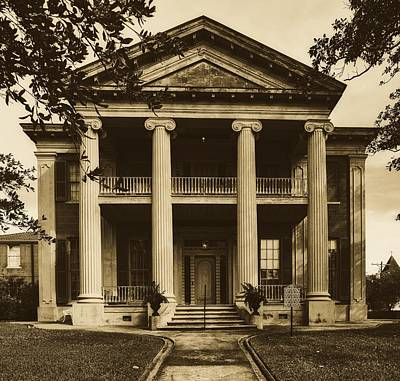 Photograph - Magnolia Hall - Natchez, Mississippi by Library Of Congress