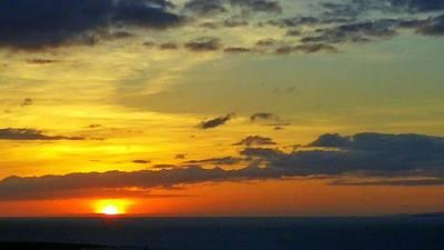 Photograph - Extraordinary Maui Sunset by Richard Yates