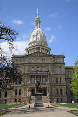 Photograph - Michigan State Capitol Building by Frank Romeo