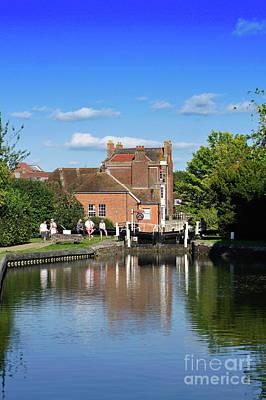 Photograph - Newbury Canal by Tom Gowanlock