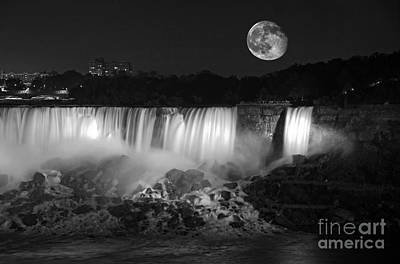 Photograph - Super Moon Over The Falls by Charline Xia