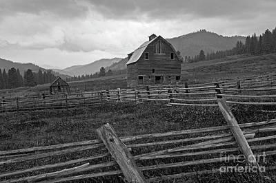 Photograph - Old Barn In Field by Jim Corwin