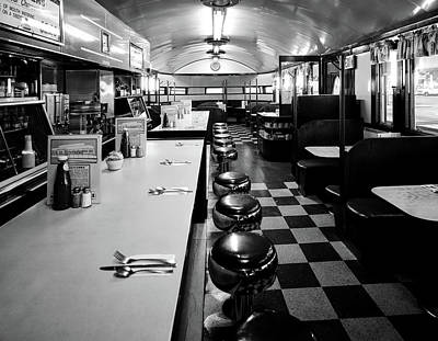 Photograph - Pawtucket Diner by L O C