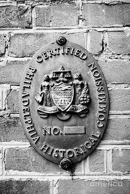 Elfreths Alley Photograph - philadelphia historical commision plaque on elfreths alley in the old city of Philadelphia USA by Joe Fox