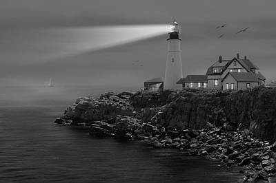 Portland Lighthouse Photograph - Portland Head Lighthouse by Mike McGlothlen