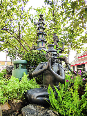 Photograph - Reusi Dat Ton Statue At Famous Wat Pho Temple by Helissa Grundemann