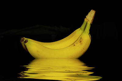 Photograph - Ripe Yellow Bananas by David French