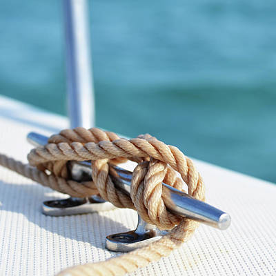 Photograph - Sailor's Knot Square by Laura Fasulo