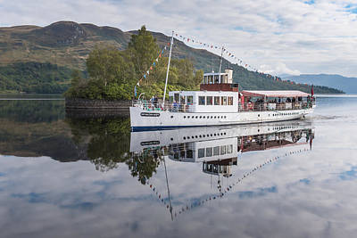 Photograph - Steamship Sir Walter Scott On Loch Katrine by Gary Eason