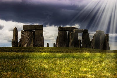 Sunrays Photograph - Stonehenge by Martin Newman