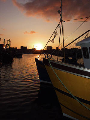 Sunset Over Sutton Harbour Plymouth Art Print by Chris Day
