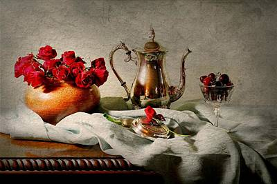 Photograph - Tea Rose by Diana Angstadt