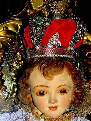 Photograph - The Crowned Child by Ed Weidman