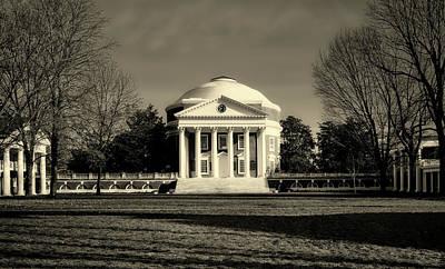 Photograph - The University Of Virginia Rotunda by L O C