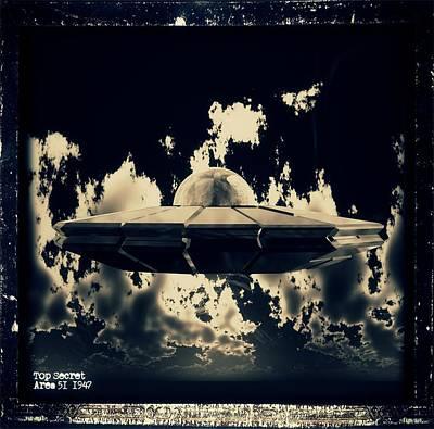 Paranormal Digital Art - Top Secret Area 51 By Raphael Terra by Raphael Terra