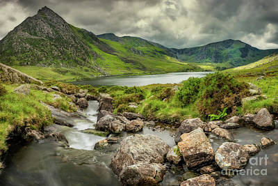 Tryfan Photograph - Tryfan In The Ogwen Valley by Adrian Evans