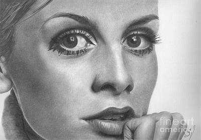 Twiggy Drawing - Twiggy by Karen Townsend