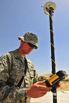 U.s. Air Force Engineer Using Global Print by Stocktrek Images