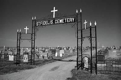 Black Cemetery Photograph - Victoria Kansas - St. Fidelis Cemetery Bw by Frank Romeo